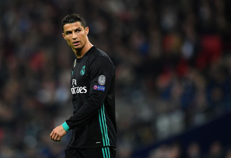 Who is being lined up as Cristiano Ronaldo's replacement at Real Madrid?