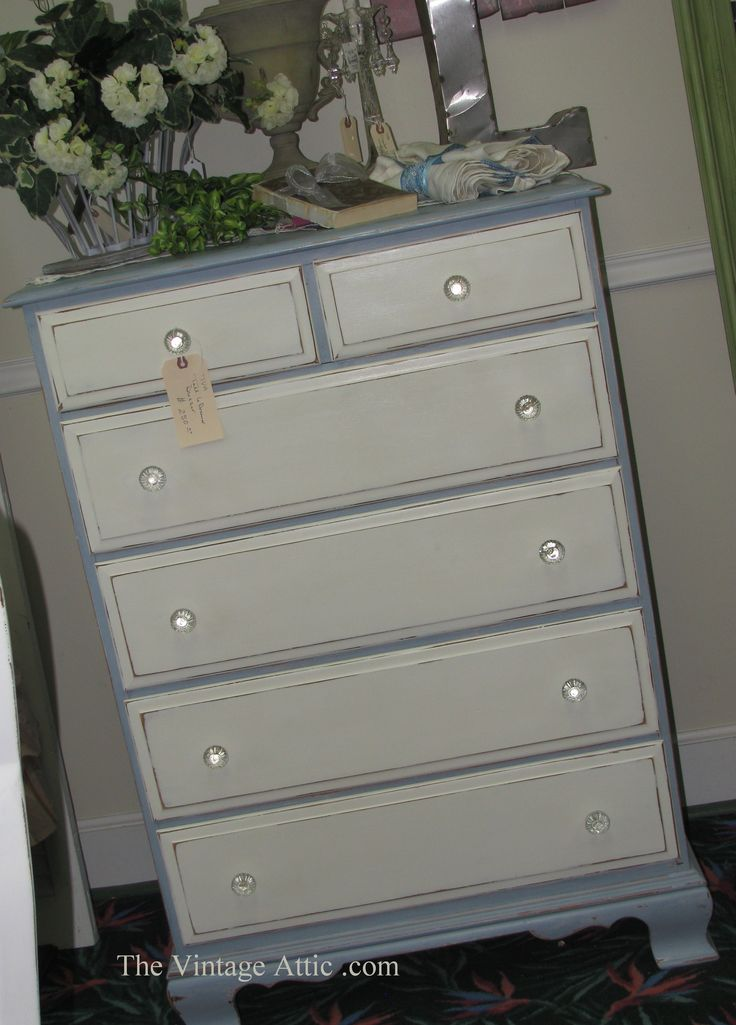 Painted with CeCe Caldwell's Paints in Chesapeake Blue and Vintage White, sealed with Clear Wax.
