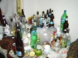 botellas de licor a medio tomar - Buscar con Google