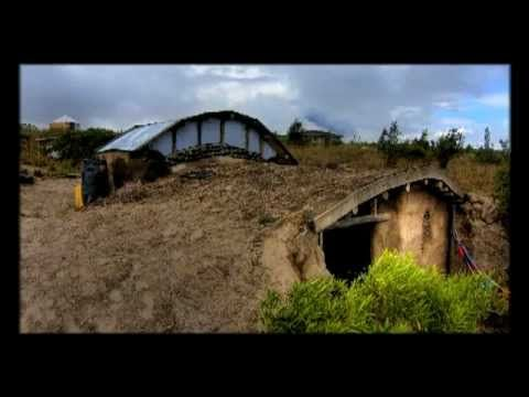 A small underground earthbag house built at the Rhiannon Community in Ecuador - Timelapse