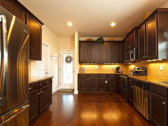 1018 Carlisle Pl Anderson Sc 29621, Kitchen Cabinets Anderson Sc