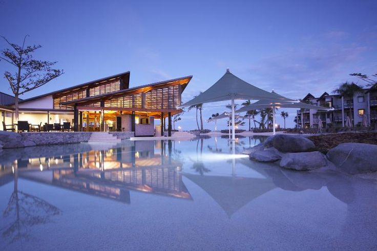 Fiji vacation | Radisson Blu Resort & Spa Fiji package