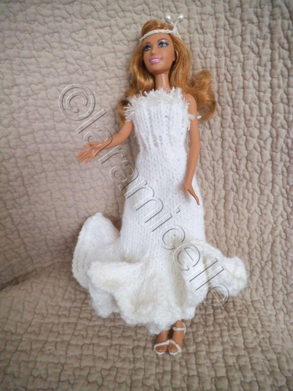 Tuto gratuit chez laramicelle v tements barbie poup es - Robe barbie adulte ...