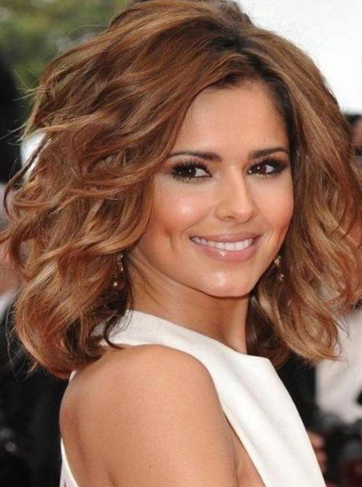 Укладки на средние волосы с челкой фото