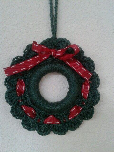 Kerstkrans Haken Om Gordijnring Christmas Ornaments Pinterest