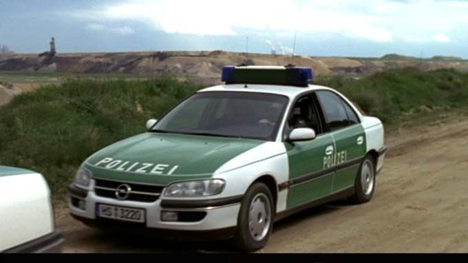 Opel Omega B German Police Car