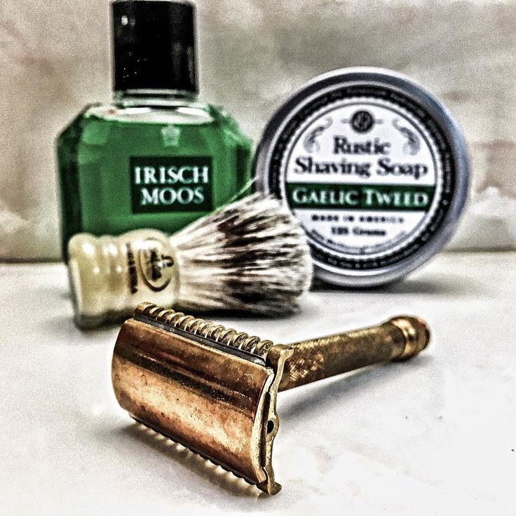 5/31/16 - GreenDay!!! @wetshavingproducts Gaelic Tweed Omega Mighty Midget Gillette New LC  Durablade Blade (5) Irisch Moos @knyllert_situation Member @theholyblackbrotherhood   #wetshave #wetshaveloyalists #srs #straightrazor #shave #love #shaving #ff #followme #guys #men #style #instapic #instagood #instadaily #instaphoto #photo #picoftheday #photooftheday #sotd #shaveoftheday #shavelikeyourgrandpa #dfs #bbs #youtube #liamcruz by cap7597