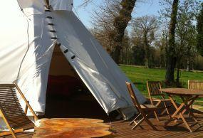 Hébergement insolite en Bretagne: yourte, cabane arbre... SITE OFFICIEL