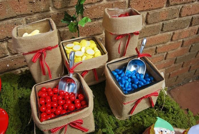 36 Best Images About Snow White Party Ideas On Pinterest