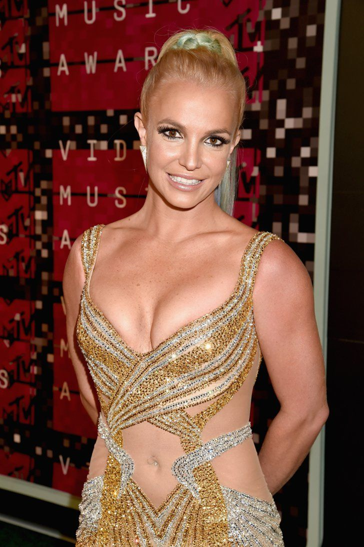 Pin for Later: Britney Spears Takes the VMAs by Storm and Reminds Us All of Her Icon Status