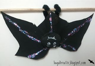 Bat made from leaves
