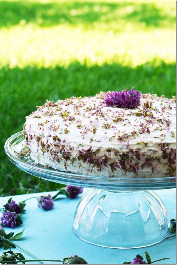 Thumper's Purple Clover Cake | MomStart