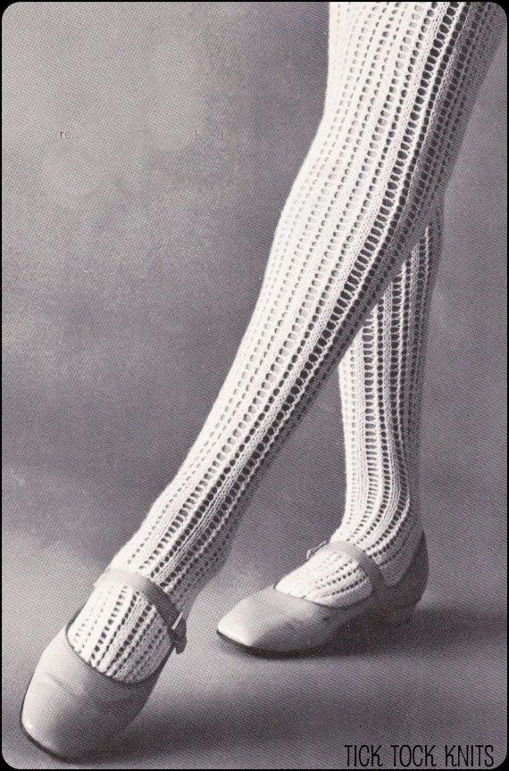 Knitting Patterns For Women s Socks : 90 best images about Socks/Stockings on Pinterest Ankle socks, Japan shop a...