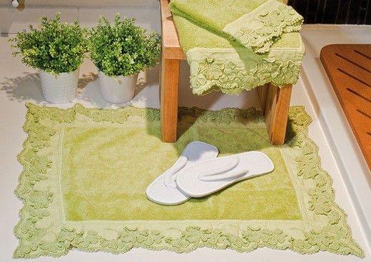 Не забывайте и про ванную комнату. Всего пара деталей – и ее интерьер обретет свежий, весенний вид. Коврики и полотенца марки Bergianti