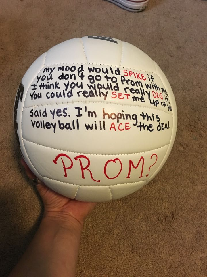 I know it's a while till prom, but I want to be asked like this!!! And have the volleyball served to me.....
