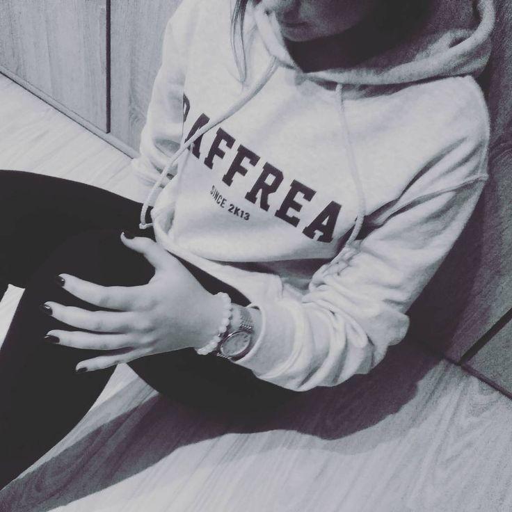 @_mbabalska rządzi w naszej bluzie z linii basic.  #graffreak #beyourself #basic #hoodie #bluza #kaptur #sweatshirt #streetwear #streetstyle #polishgirl #polishboy #hiphop #skate #parkour #odzież #ubrania #prosto #szary #sztos #dope
