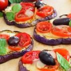 Low-Carb-Mini-Pizza mit Auberginen-Boden