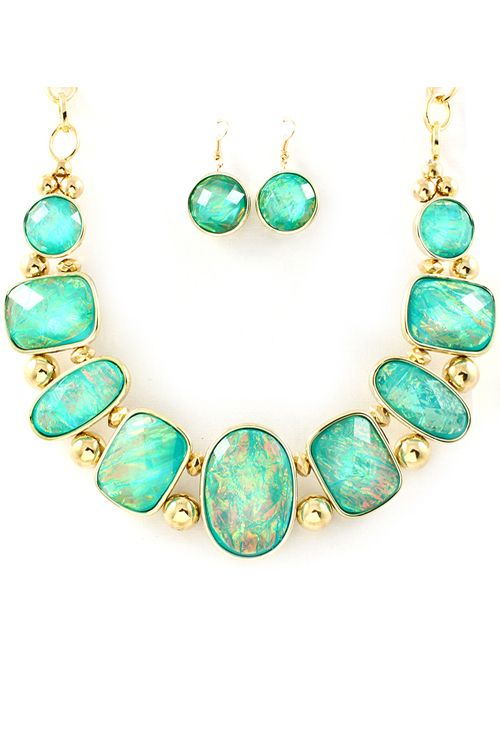 Vitrail Etta Necklace Set in Teal on Emma Stine Limited -  $38.00 Great price