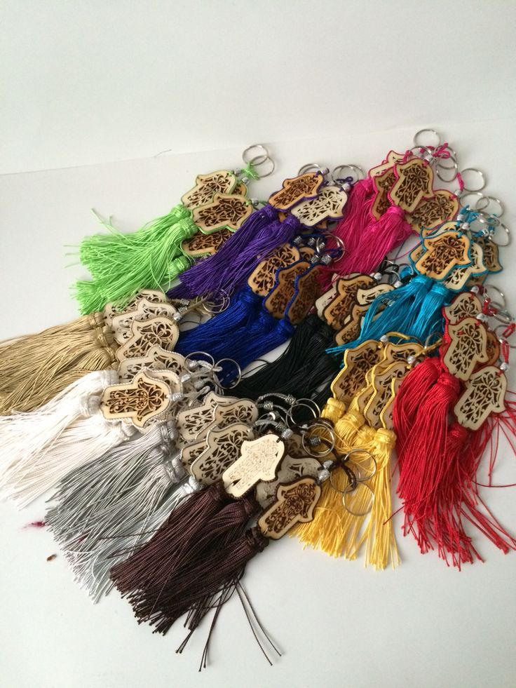 "Nice keychains with ""khmissa"" so called hand of Fatima in various colors(€2,-)"