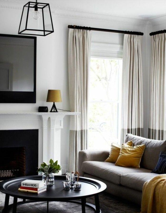 Wohnzimmer Streichen Grau Weiss Weisse Vorhange Ein Spiegel