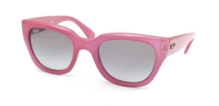 Wayfarer sunglasses by Ray Ban at Sunglass Hut <3