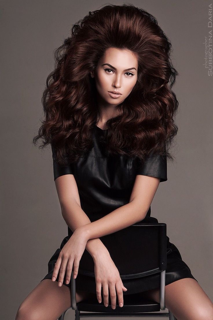 Объемные укладки на длинные волосы фото