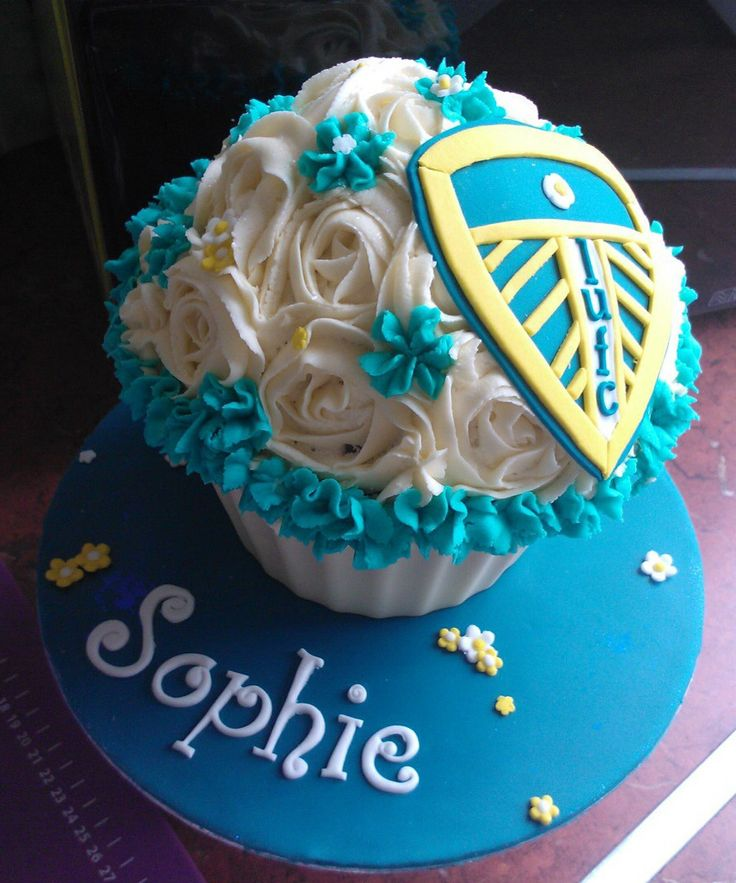 Cake Decorating Company Leeds : Leeds United Giant Cupcake Football Pinterest