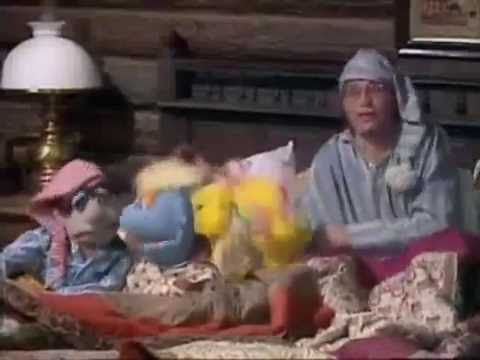 """John Denver's """"Grandma's Feather Bed"""" on the Muppet Show  in 1979. The song was written by Jim Connor."""