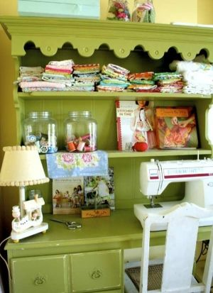 sewing room by lesamariek