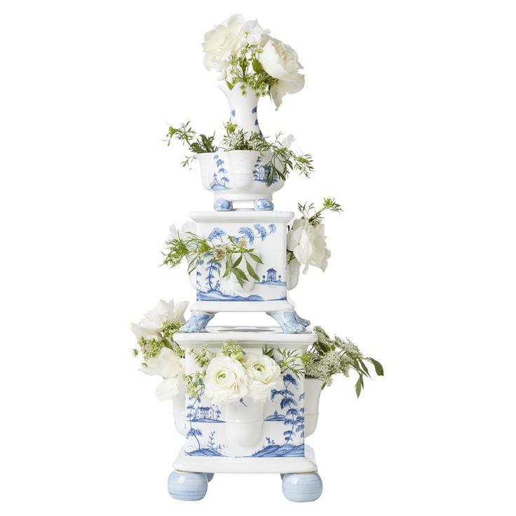 This stunning tiered tower of three vases was inspired by the Tulipiere's of the 17th century, when exotic imported flowers were status-symbols of elite households and given their own individual places in the spotlight. Display your our own beloved stems from the garden in this blossoming sculpture for a fresh dose of natural beauty.