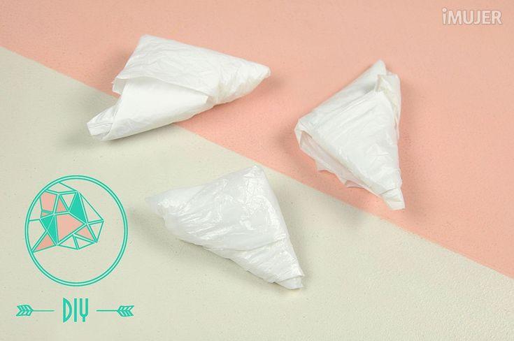 Como doblar las bolsas plásticas