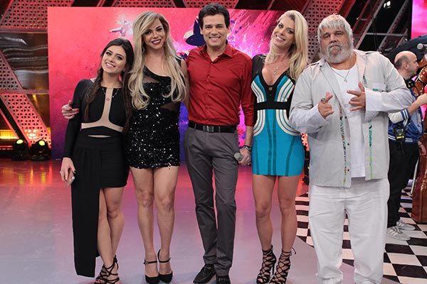 """PORTAL JORGE GONDIM: SABADÃO COM CELSO PORTIOLLI Sabadão tem MC Livinho...O musical do programa fica por conta de MC Livinho que canta """"Tudo de bom"""""""