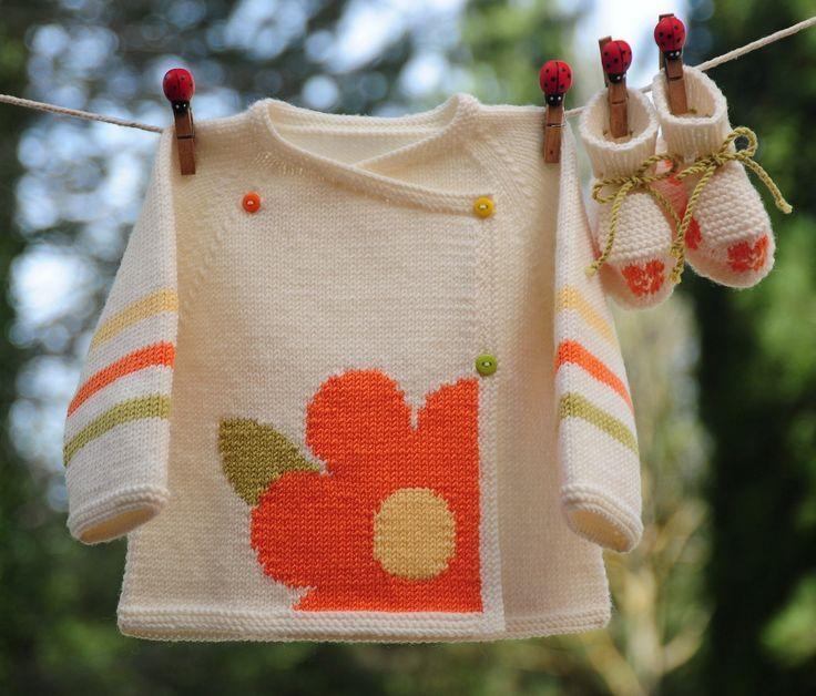 layette ensemble mérinos fleur 1 mois neuf tricoté main brassière et chaussons [] #<br/> # #Layette,<br/> # #Tissue<br/>