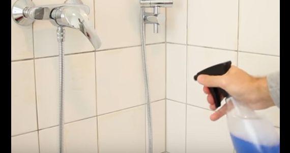 enfin une astuce pour les murs de la douche qui fonctionne nettoyer pinterest enfin. Black Bedroom Furniture Sets. Home Design Ideas