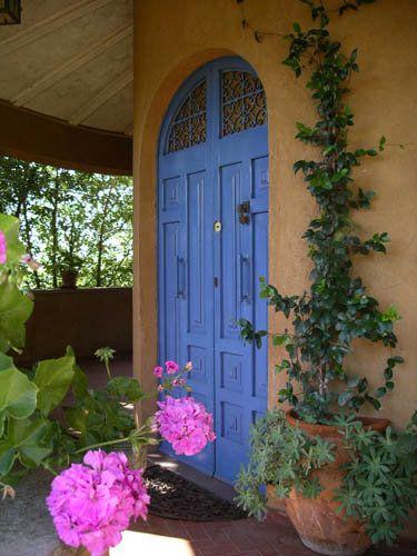 Villa Le Terrae, Lazio, Italy The entry door - Portoncino d'ingresso www.leterrae.com