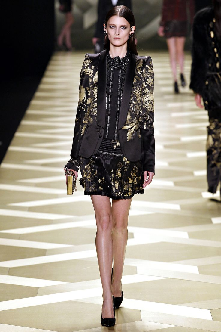 jordan  black and gold Roberto Cavalli Fall   Ready to Wear  Collection  Gallery  Style com