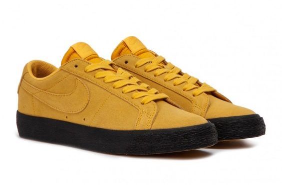 mayor antecedentes Polvoriento  The Latest Colorway Of The Nike SB Blazer Low Comes Covered In Yellow Ochre  | Nike sb, Sneakers, Nike