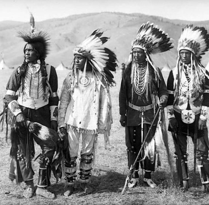 стойбище американских индейцев фото ними живет много