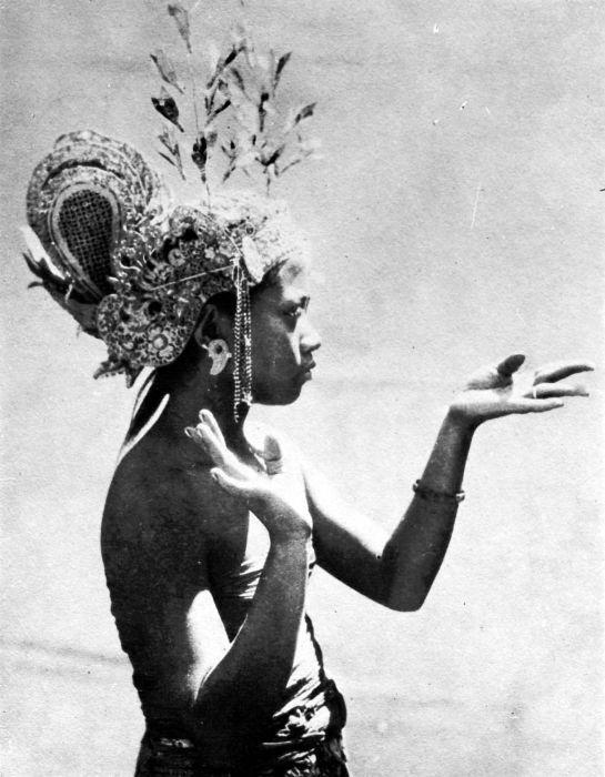 Jonge Balinese danseres