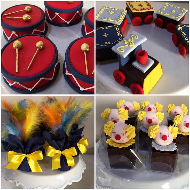"Festa ""Fabrica de Brinquedos"", @domdefesta !  #trufas #palhaitaliana #cupcakes #brigadeironopalito #festainfantil #festadecrianca #festafabricadebrinquedos #fabricadebrinquedos #festamenino #ideiasdefesta #encontrandoideias #garimpandomimos #festaviva #festejar #festejarcomamor"