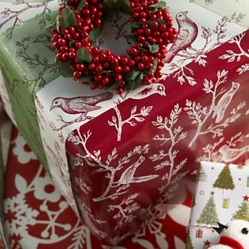 Use three different wrapping papers to create this beautiful look.