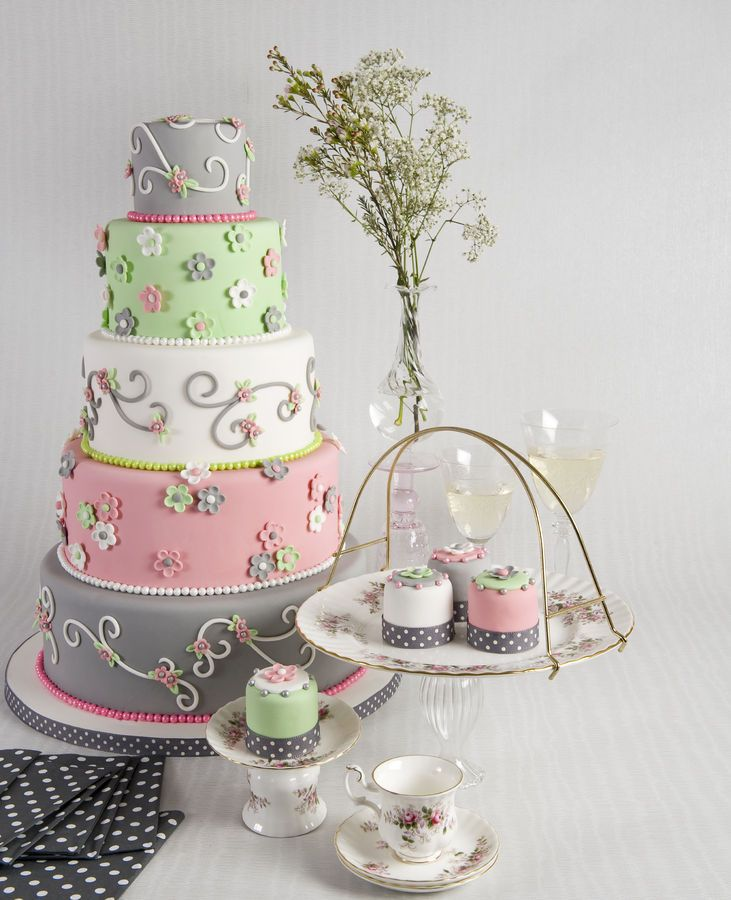 I LOVE the color scheme for this cake!  Grey, dusty rose, mint green & white.  Would be beautiful for a Spring cake or for a bridal shower.