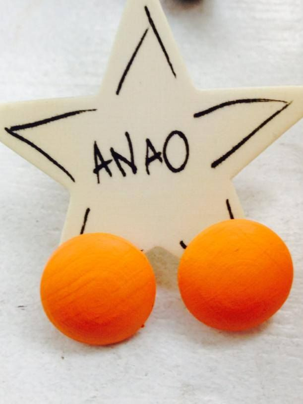 ANAO basic :) hand painted earrings, small cute spice to your look! :)