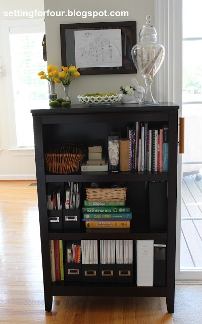 Bookcase Family Organizer: see how I easily organized my family all in one place! Kid's schoolwork, texbooks, homework supplies, recipe books, family binders and more!