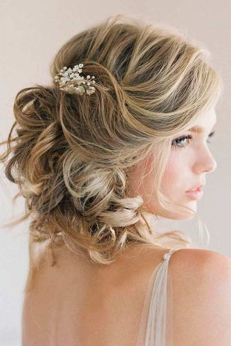 30 Pretty Marriage ceremony Hairstyles For Brief Hair