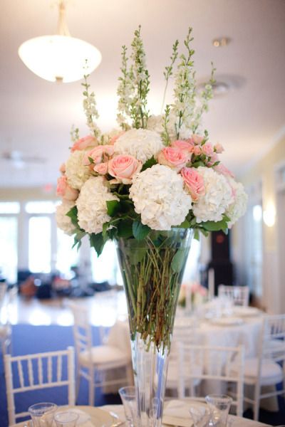 gorgeous centerpiece - Photography Morgan Matters