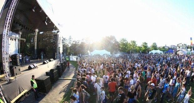 FOTO: Peste 15.000 de persoane au participat la a III-a ediție a festivalului Blaj aLive | deCluj.ro | Stiri din Cluj, Ziar din Cluj, de Cluj
