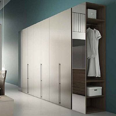 Amazing white 'Lucido' Wardrobe by Orme