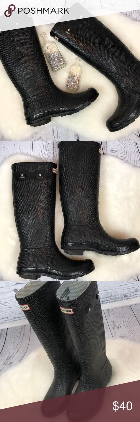 •HUNTER• Carnaby Boa Snake Tall Black Boots 10 Awesome. Boots. Hunter Carnaby Boa Snake Tall Black Textured Boots. Women's Size 10. These have been WORN. The straps were cut off each side and the bottom heels both have lots of wear ... the left has a start of a hole just in the exterior of the heel. It doesn't effect the boot at all. They still have a TON of life left!!! Perfect to grab as a cheap substitute instead of spending $200!! Women's Size 10. Smoke free home. Hunter Shoes Winter…