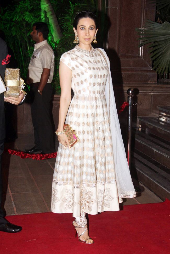 Karisma Kapoor looked elegant in an anarkali at Arpita Khan's wedding reception in Mumbai.